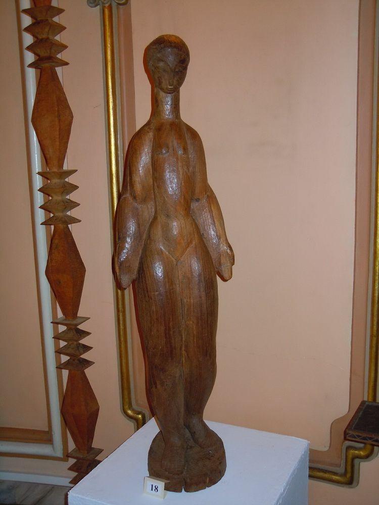 Nud - lemn