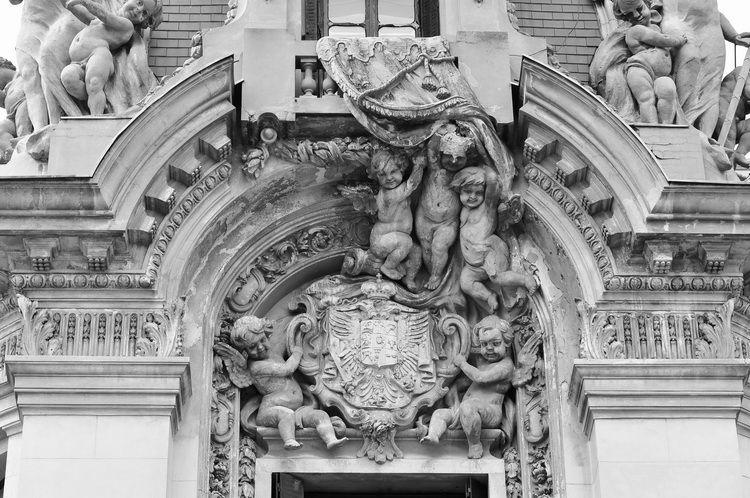 Palatul Cantacuzino - muzeul G. Enescu - exterior (15)