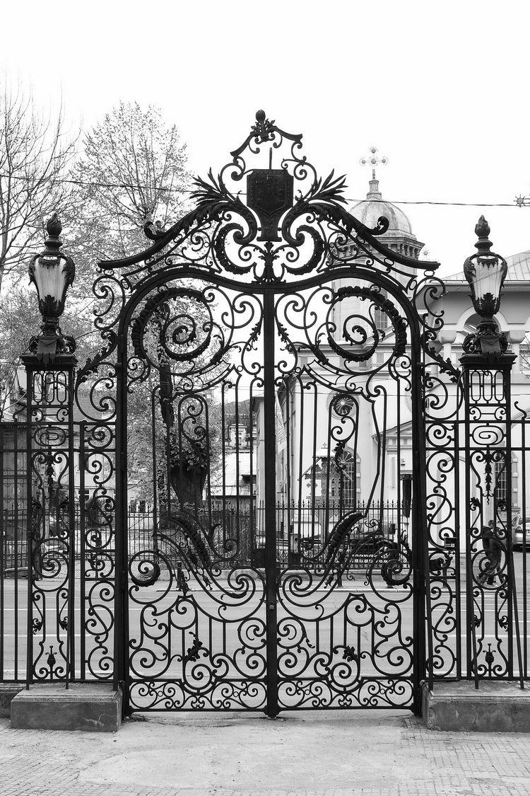 Palatul Cantacuzino - muzeul G. Enescu - exterior (5)