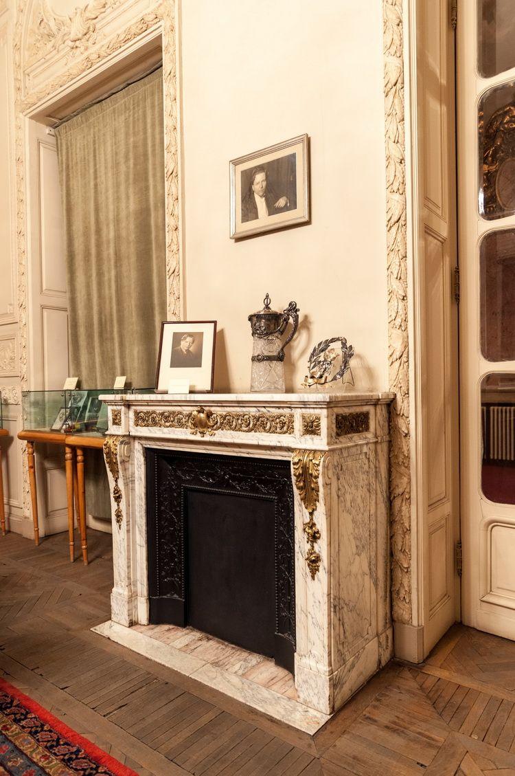 Palatul Cantacuzino - muzeul G. Enescu interior (10)