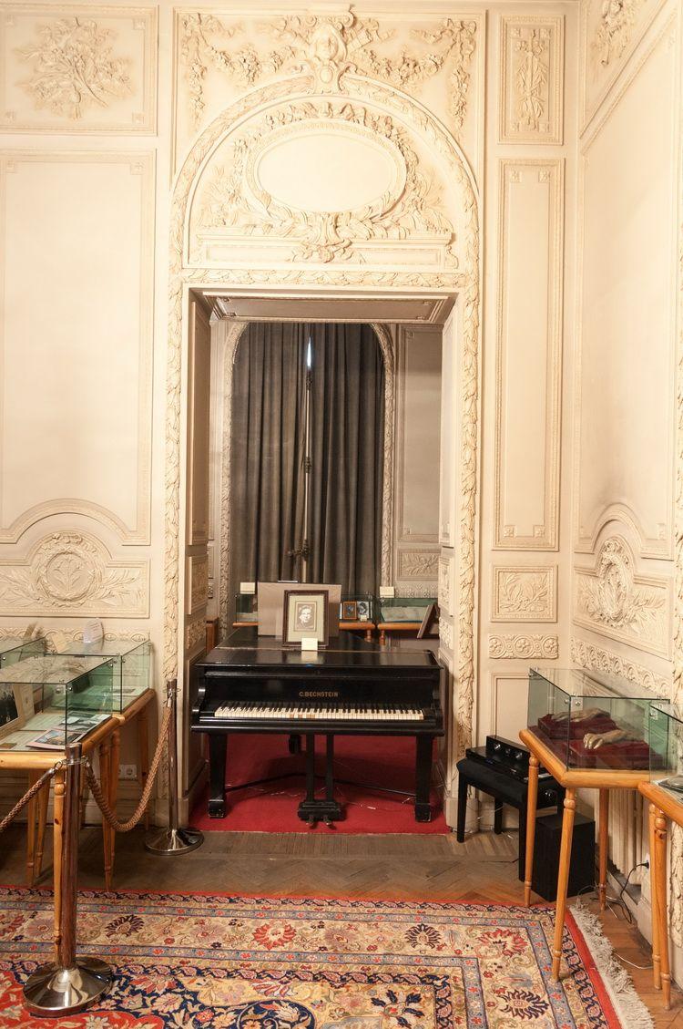 Palatul Cantacuzino - muzeul G. Enescu interior (13)