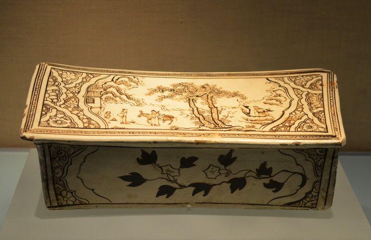 china_porcelain_pillow_beijing_artindex_05
