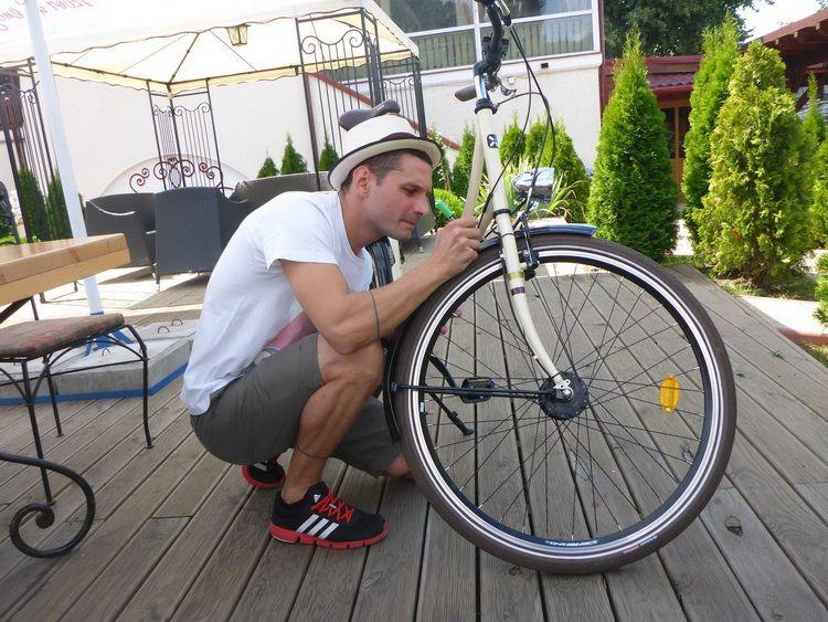 mazerschi_artindex_bike_13