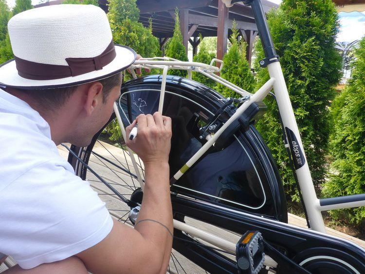 mazerschi_artindex_bike_31