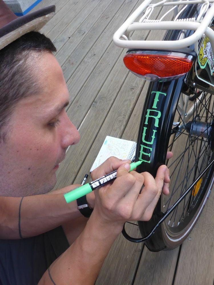 mazerschi_artindex_bike_56