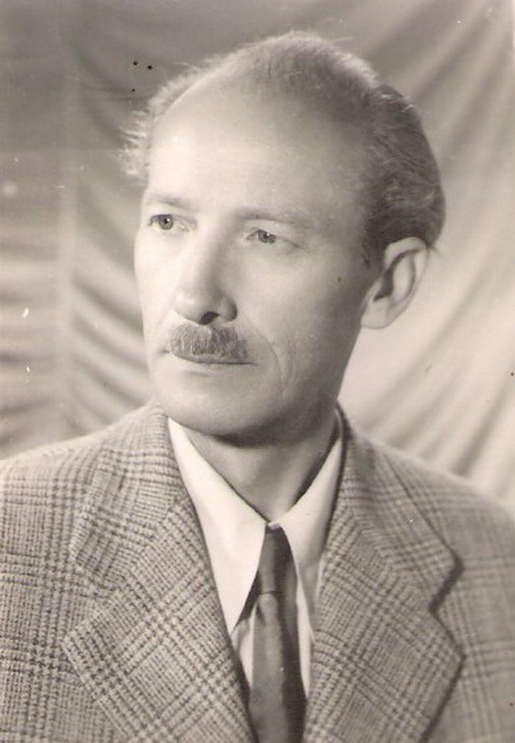 1. Gheorghe Levcovici - fotografia artistului (bis)